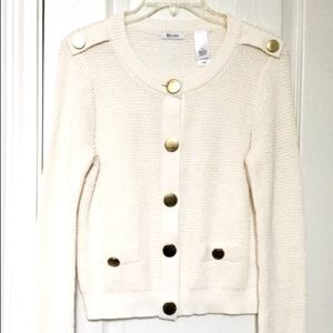 NWOT Liz & co. Sweater white/cream w/ gold buttons